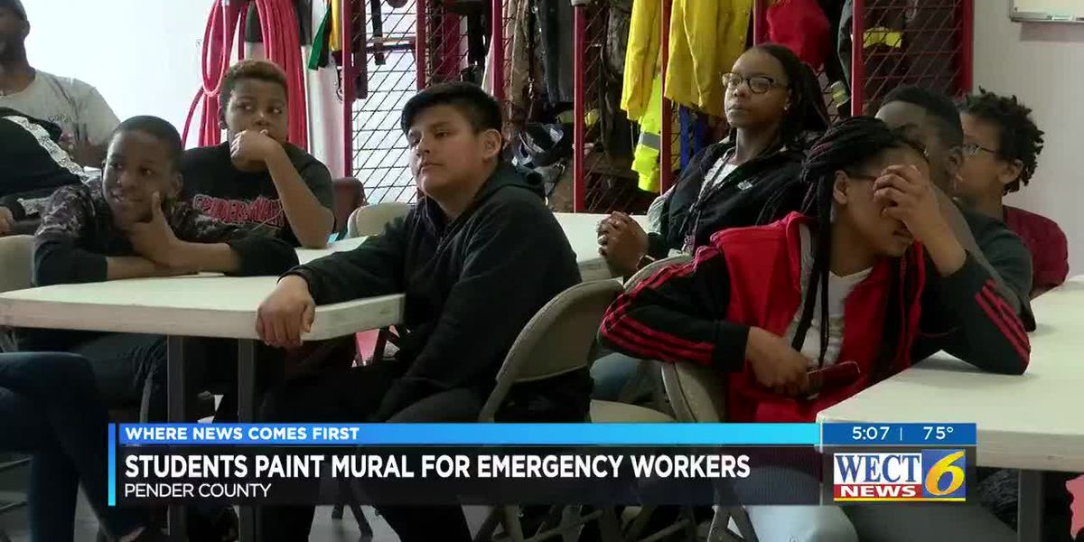 Pender County students present mural to rescue officials for work during Florence