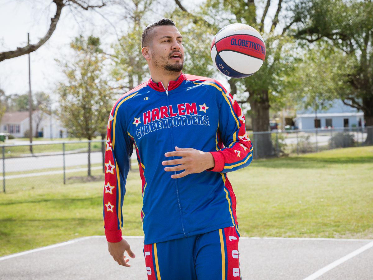Familiar face to Tar Heels fans will show off his skills when Harlem Globetrotters visit Wilmington