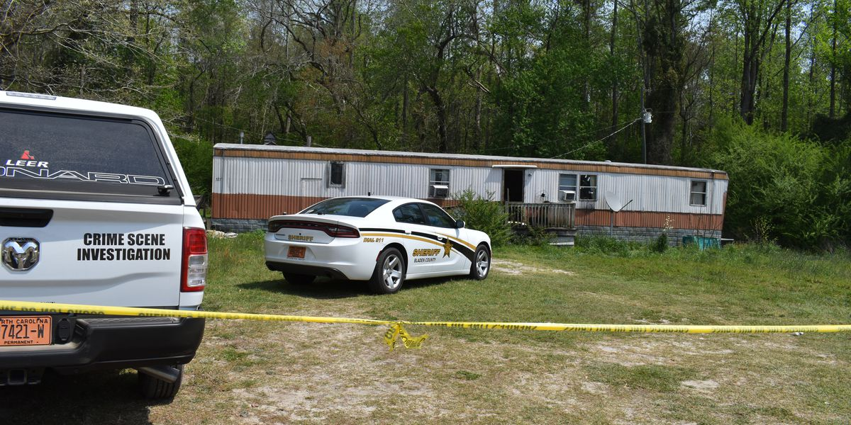 Deputies identify man, woman found dead in their Bladen County home