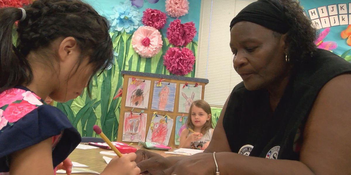 Foster grandparents program helps build relationships throughout the community