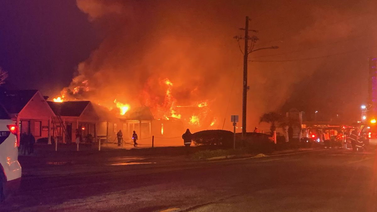 Large fire shuts down Main Street in Shallotte Monday morning