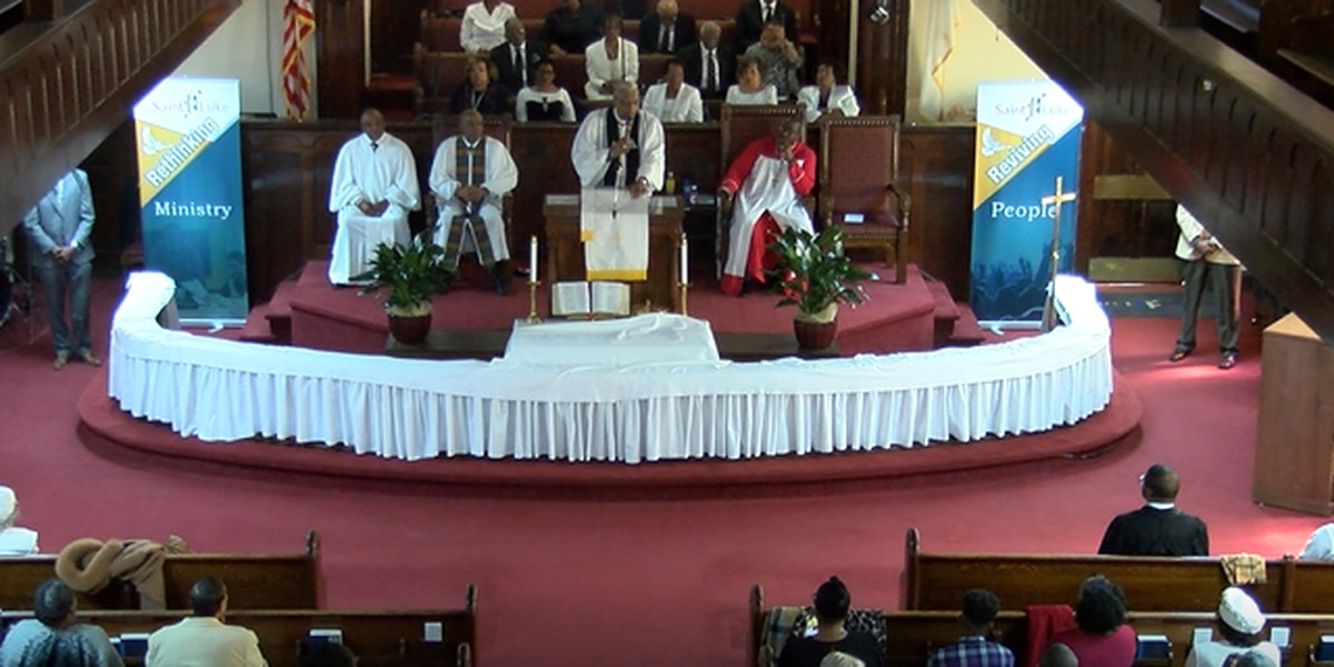 Congregation returns to sanctuary after more than a year