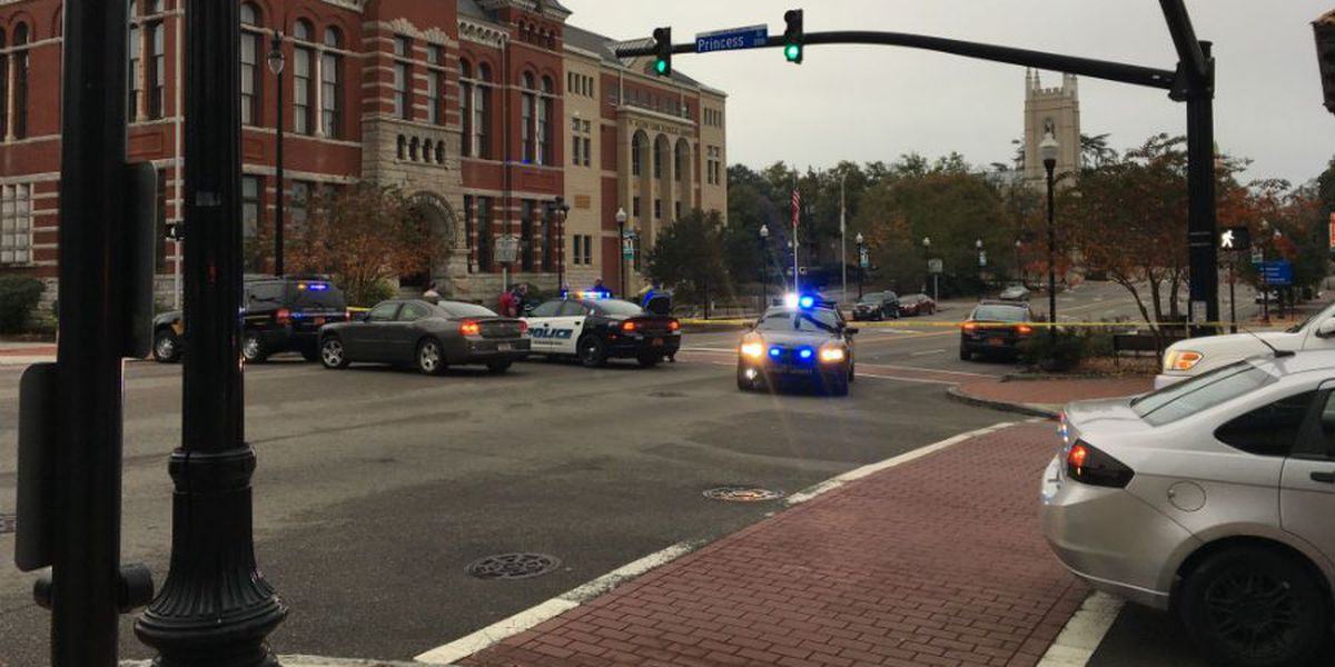 TRAFFIC ALERT: Roads temporarily closed as police investigate suspicious package