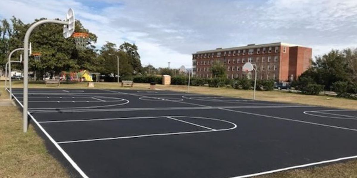 Basketball courts at Portia Mills Hines Park get facelift