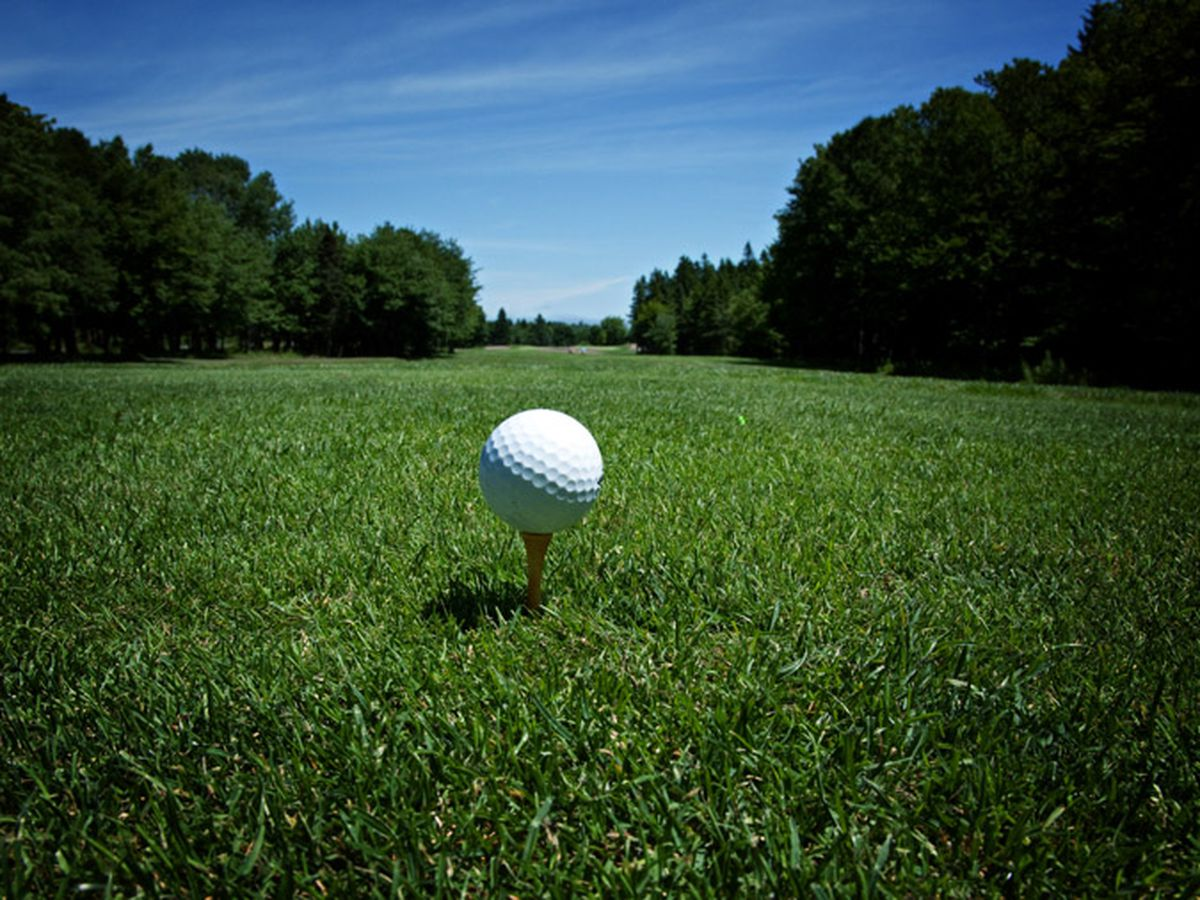 UNCW men's golf fall to 12th at NCAA regional