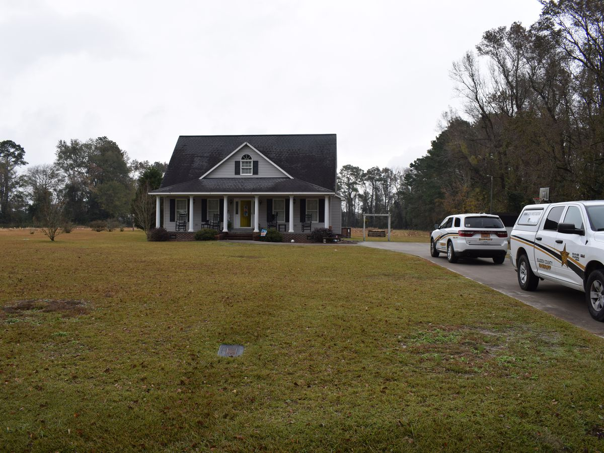 Bladen County deputies offer reward for info on home break in