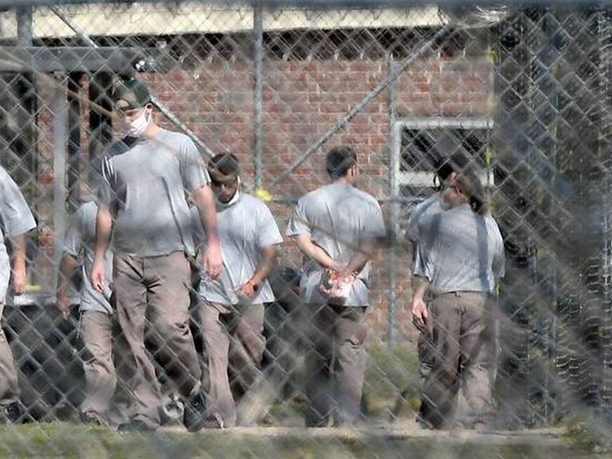 NC kept moving hundreds of inmates during pandemic. Experts say that increased risks.