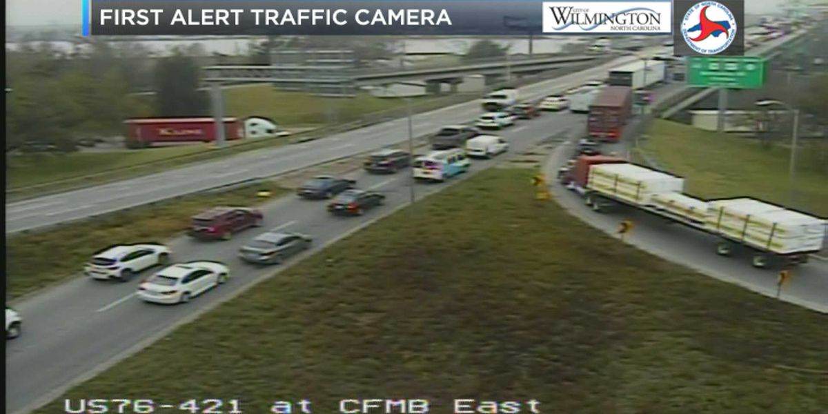 Wreck near Cape Fear Memorial Bridge causes traffic snarl