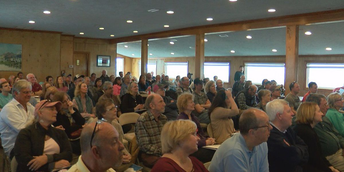 Dozens of residents attend Surf City Dune workshop to talk about restoration
