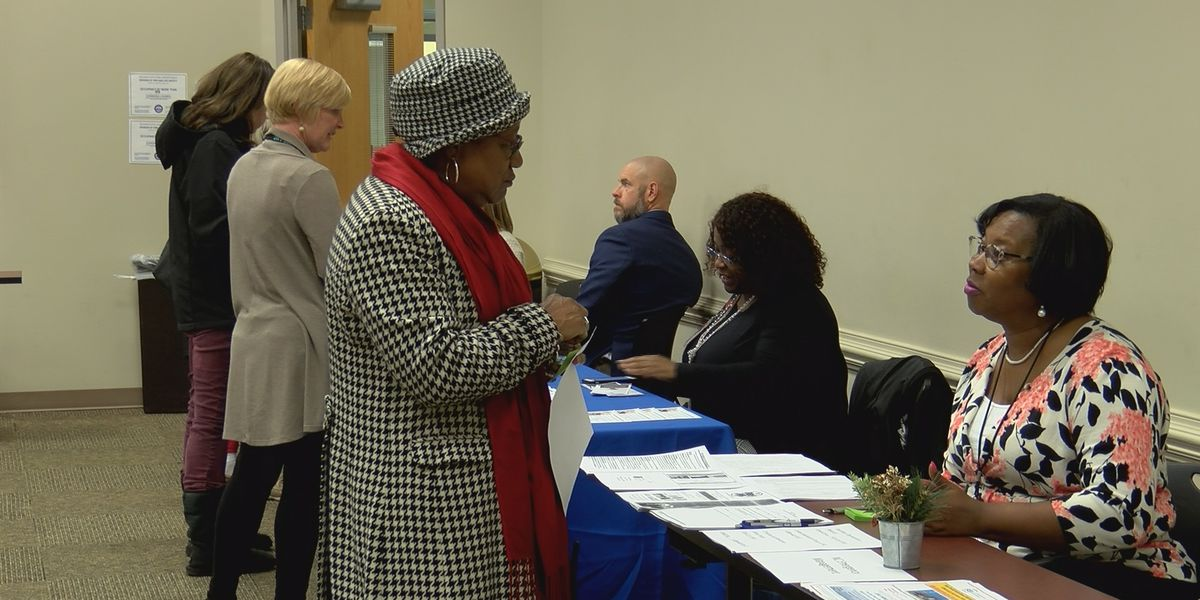 Hurricane survivors get information on housing assistance, repairs at resource fair