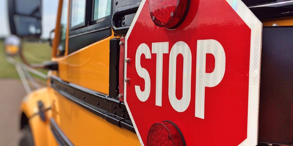 School bus driver robbed in Bladen County