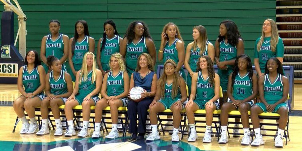 UNCW women's basketball looking to win with area players
