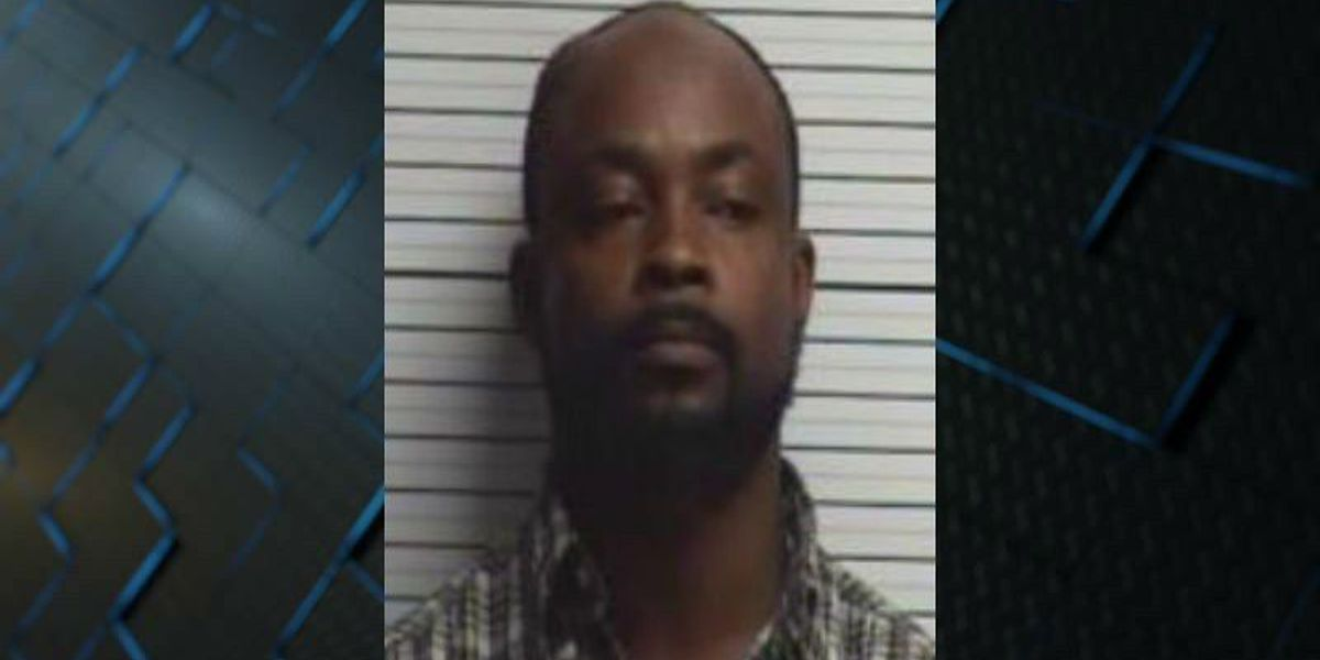 Columbus County man pleads guilty to armed robbery charges