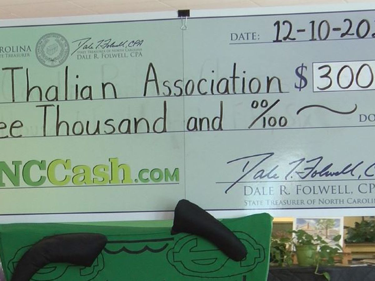 Thalian Association Community Theatre receives unclaimed property check from NC Treasurer Folwell