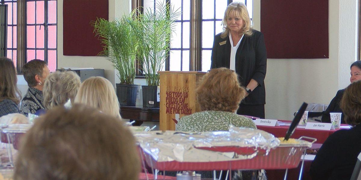 League of Women Voters hosts luncheon on women in politics
