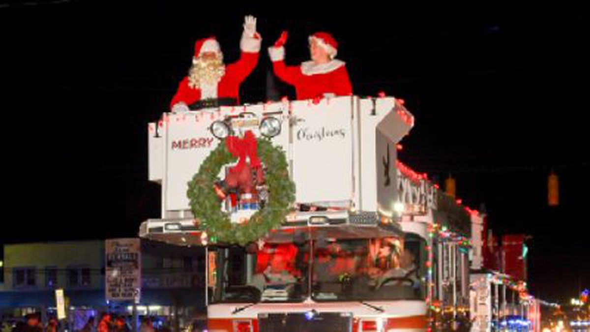 TRAFFIC ALERT: Road closure information for tonight's Carolina Beach Christmas Parade
