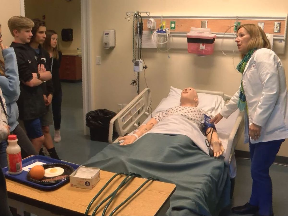 Middle school students get inside look of UNCW's Simulation Learning Center