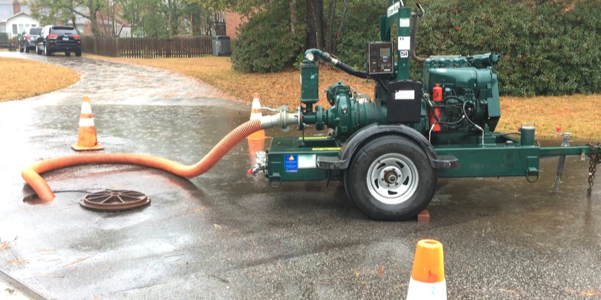 Temporary pump installed in Wilmington neighborhood to fight flooding while failed pipe is replaced