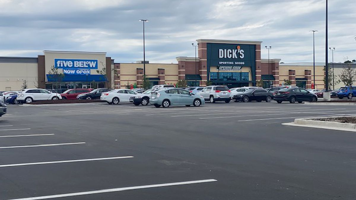 New Dick's Sporting Goods store set to open at Independence Mall