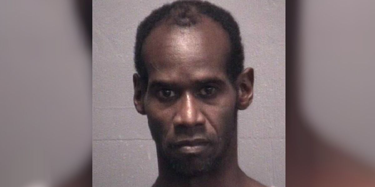 Machete-wielding suspect shot by victim during robbery attempt, Wilmington police say