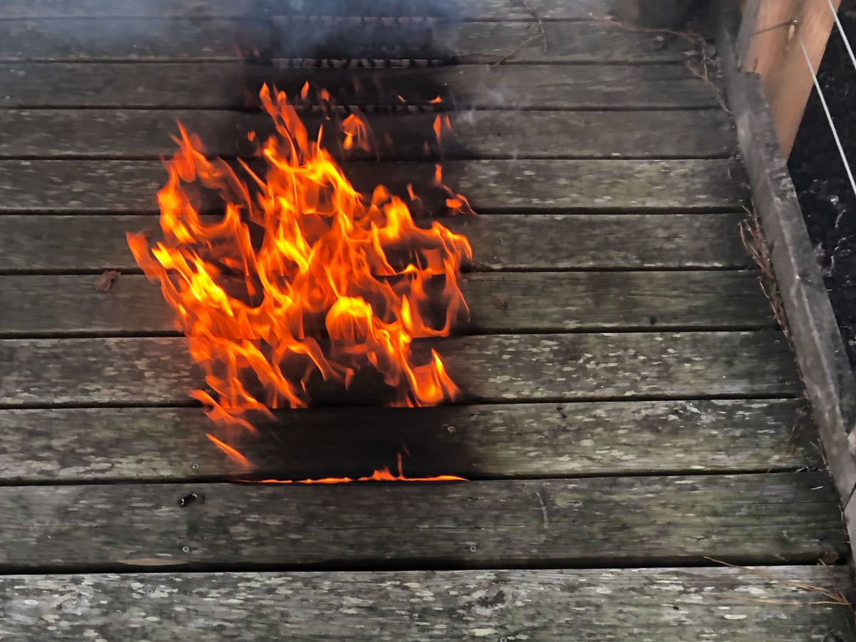 Fire forces Brunswick Town boardwalk to close