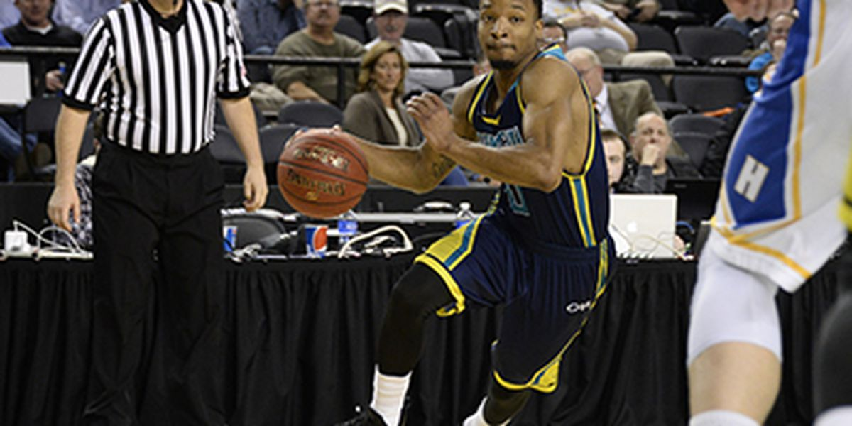 Former Seahawk joins UNCW basketball coaching staff
