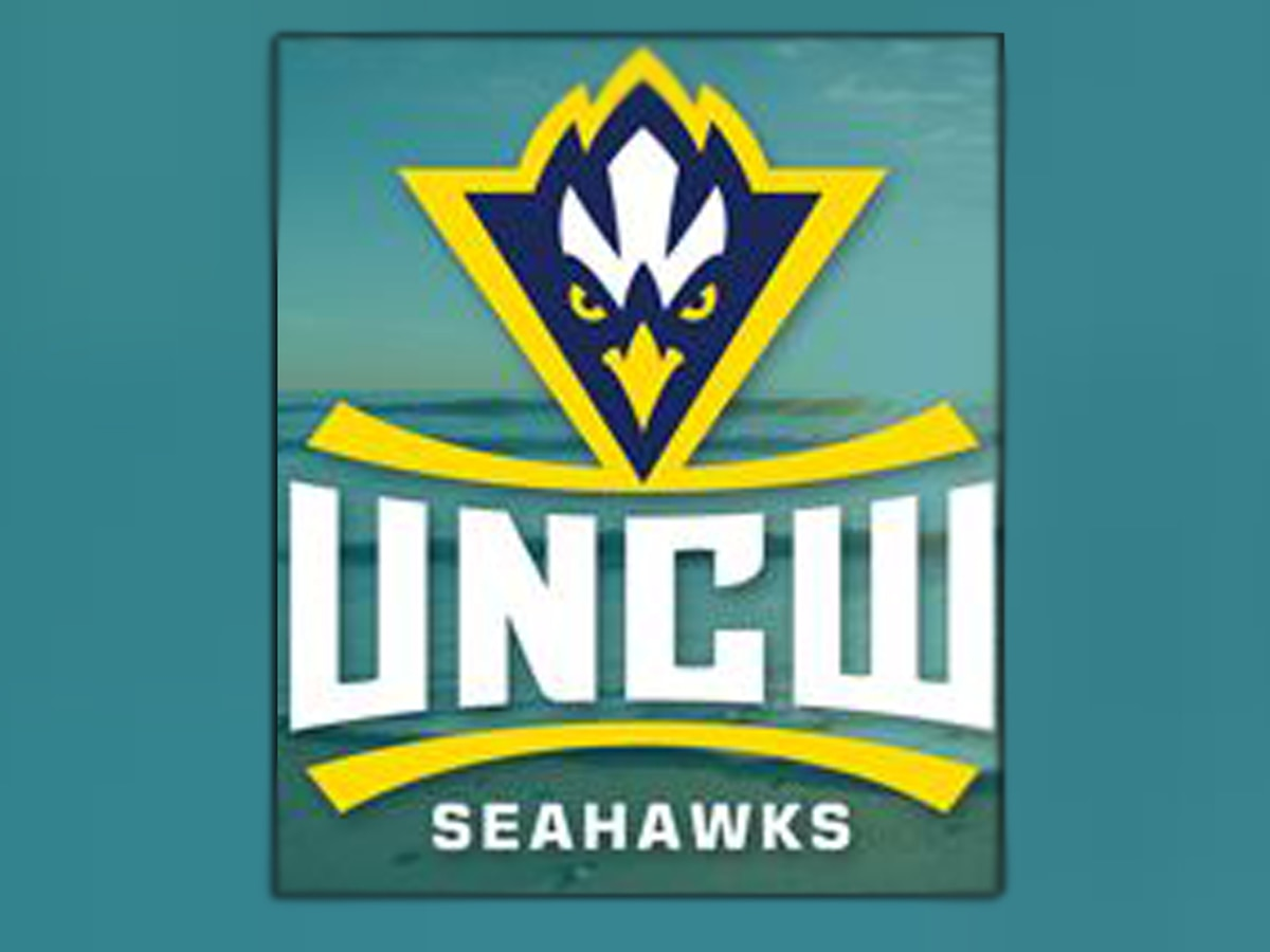 Seahawks' comeback earns Siddle his first win as UNCW hoops head coach