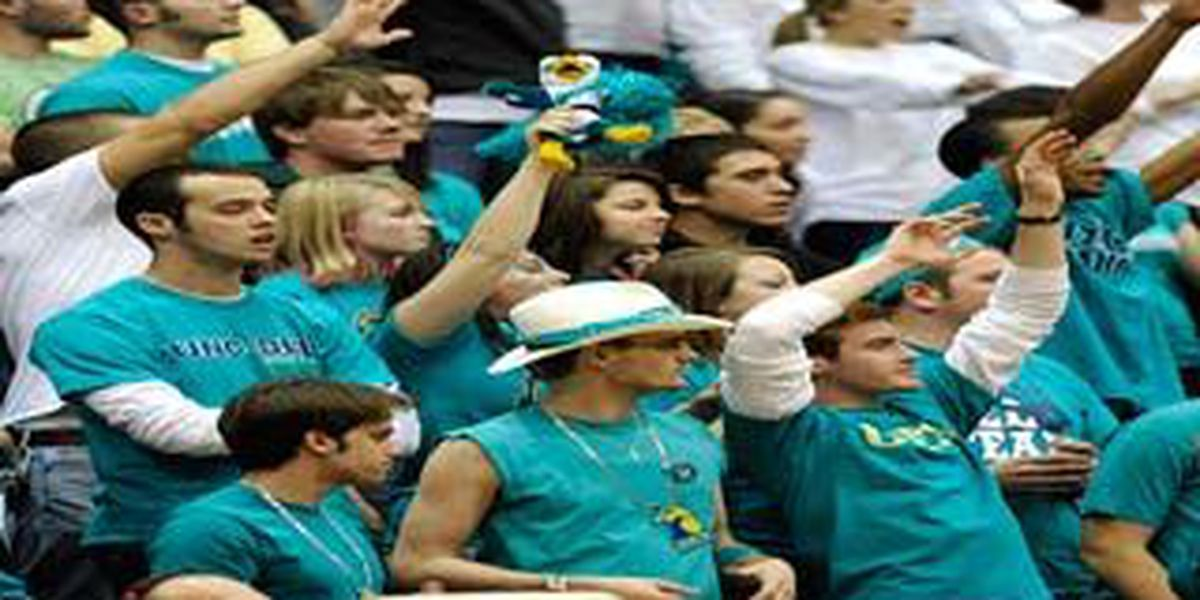 UNCW women can't hold off William & Mary