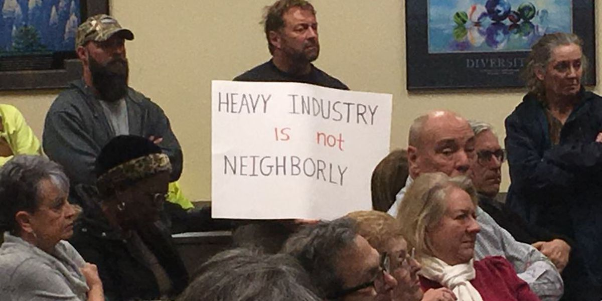 Planning board votes for continuance on Castle Hayne sand mine; nearby neighborhood mostly opposed