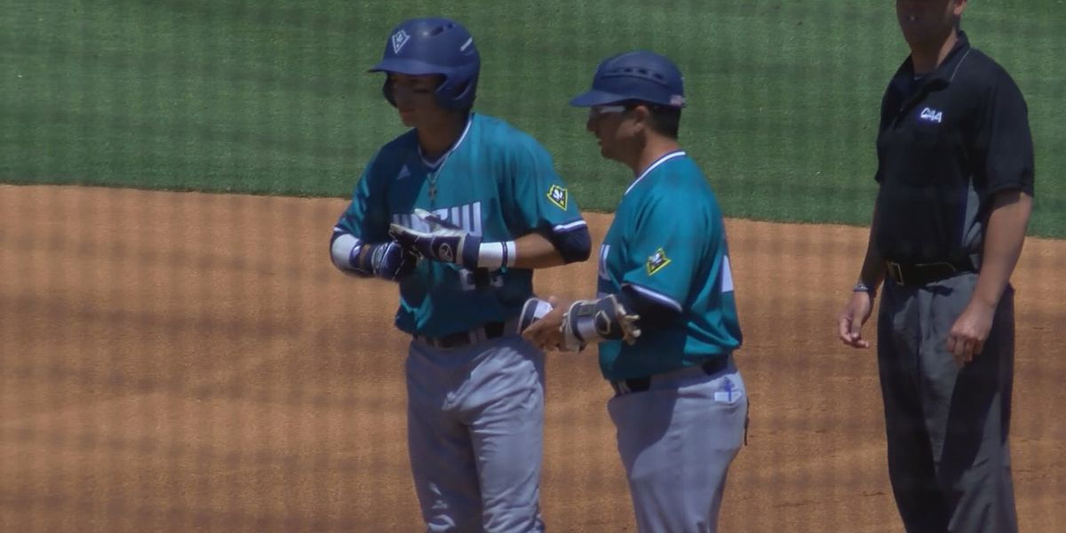 Seahawks baseball knocks down College of Charleston 14-4