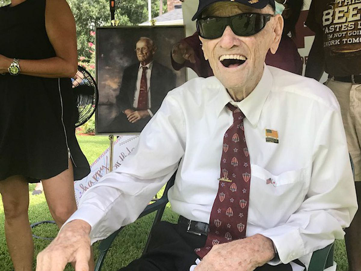 Parade held to honor World War II veteran's birthday