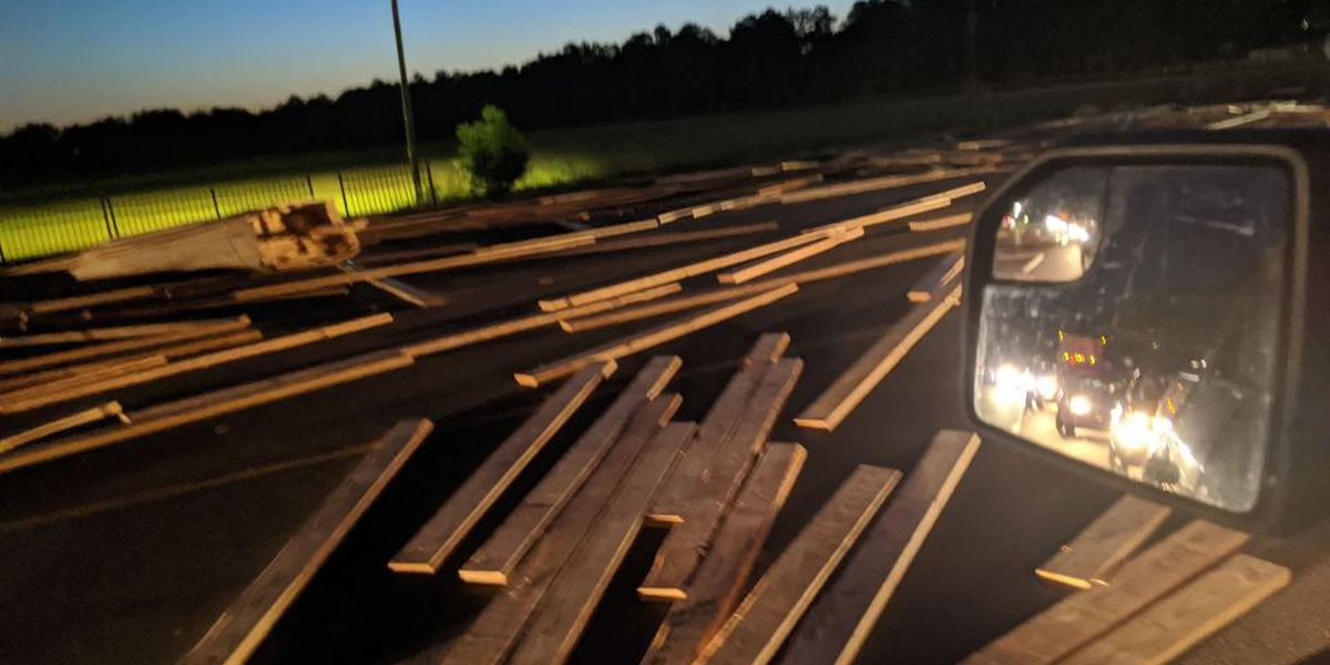 White Oak man dies from injuries suffered in wreck on NC 87