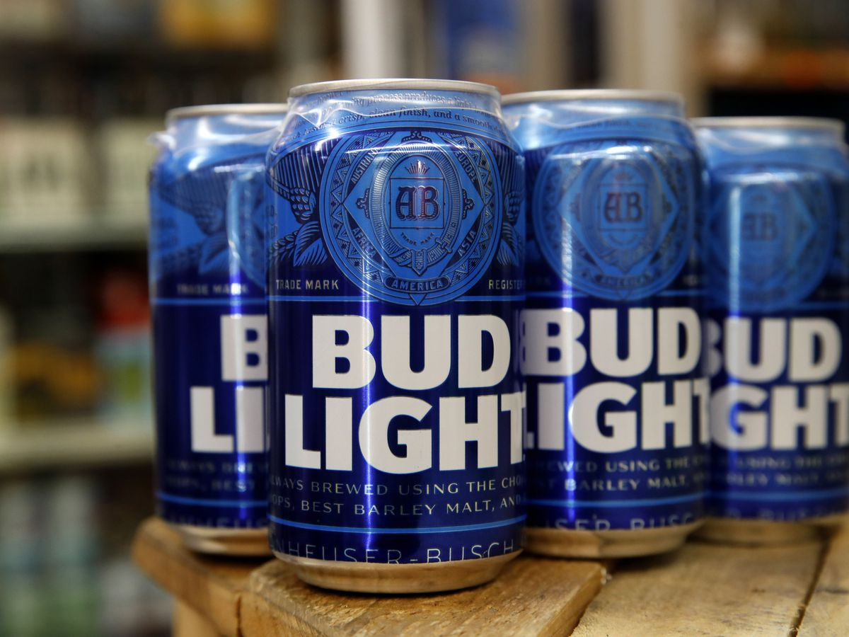 'Bud Light is clearly not a breakfast beer:' Lake Waccamaw police look to 'educate' alleged beer thief