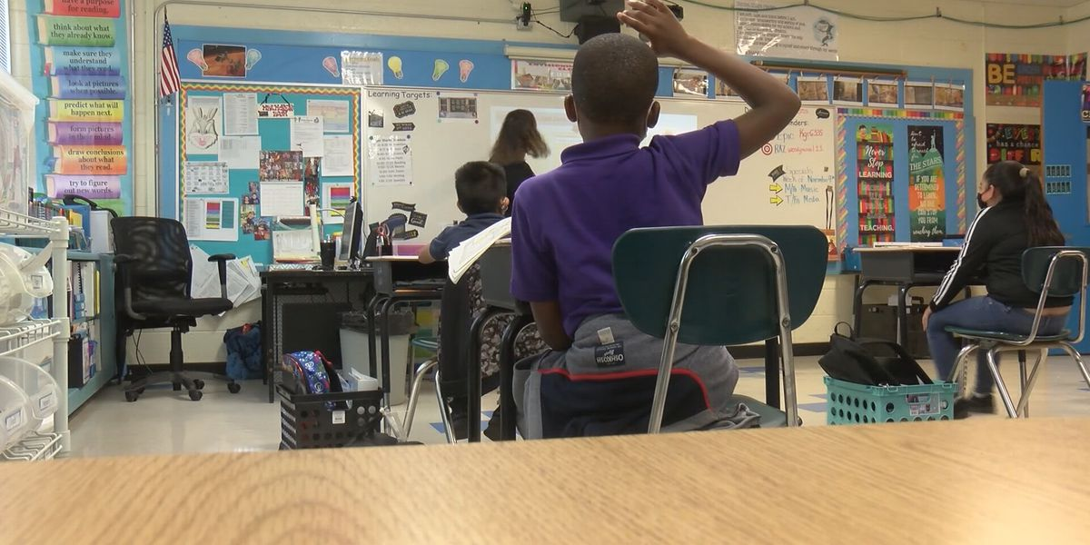 Districts prepare plans for summer learning recovery programs mandated by new state law