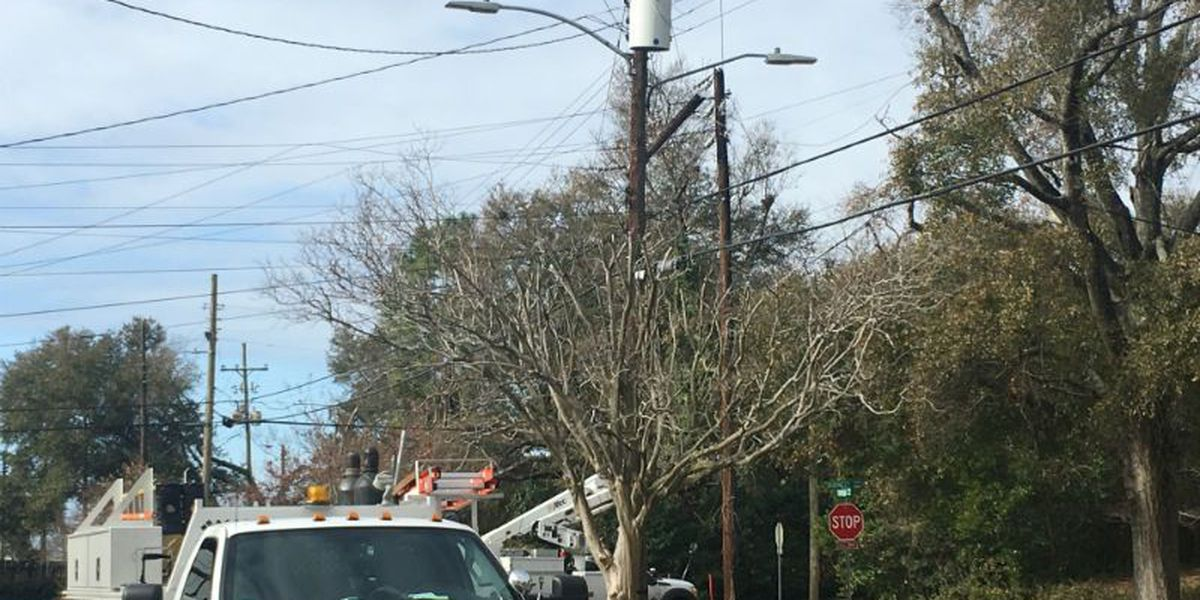 More than 1,200 without power after pole catches fire