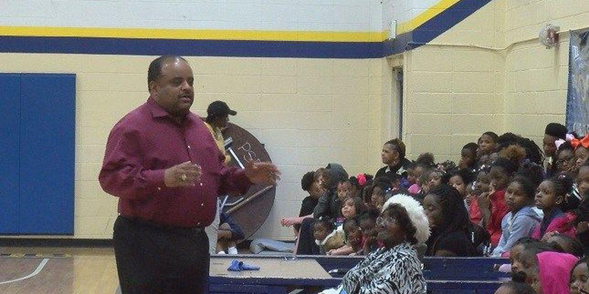 Journalist Roland Martin stops in Wilmington to speak to youth