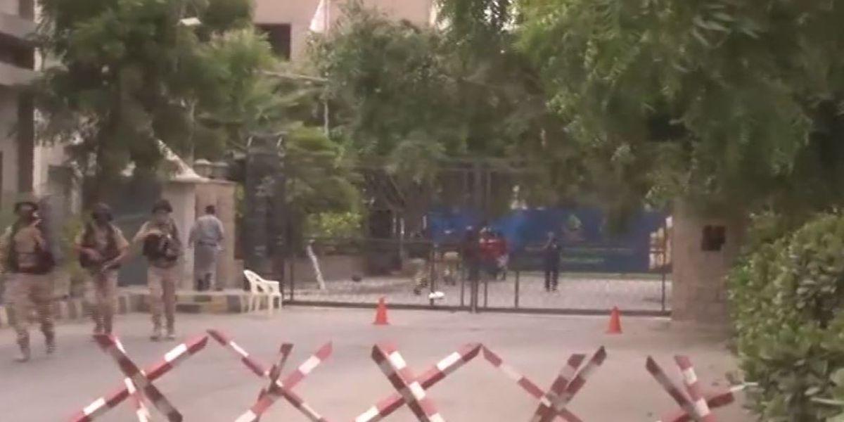 Militants attack Karachi stock exchange in Pakistan, killing at least 3