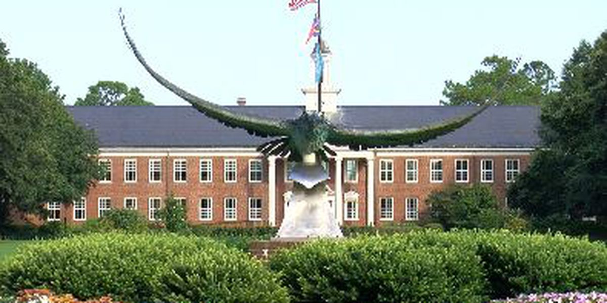 UNCW identifies two clusters of COVID-19 among students on campus