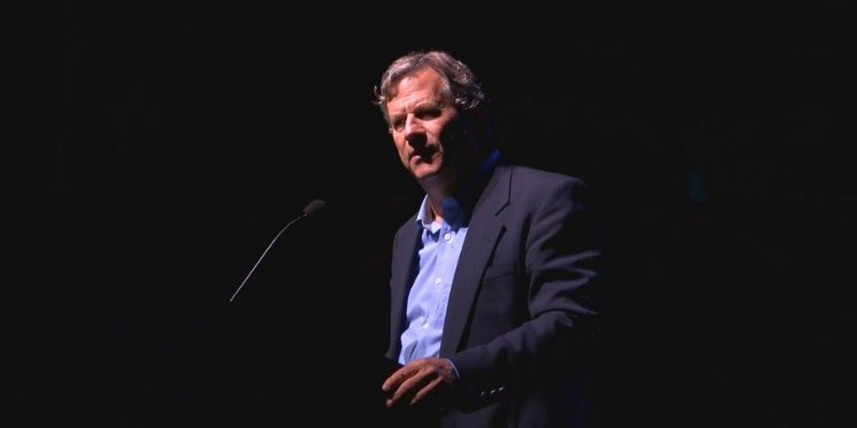 Author addresses national opioid crisis at Brunswick Community College appearance