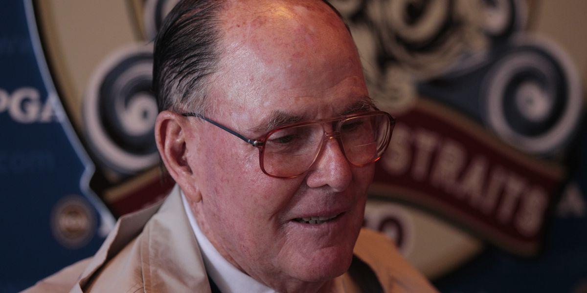 Famed golf course designer Pete Dye dies at 94